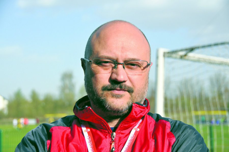 Nowy dyrektor szkoły trenował zespoły piłkarskie z ekstraklasy i pierwszej ligi