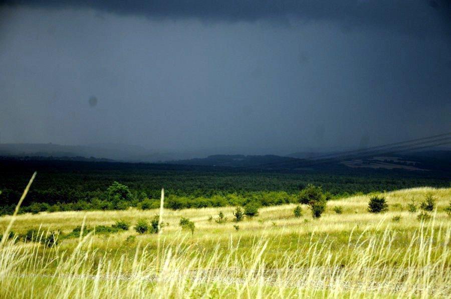 Uważajcie na silne deszcze i burze