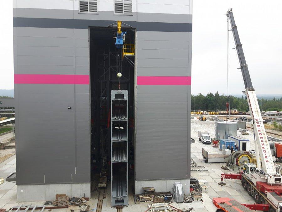 Wielka winda stanęła w Libiążu