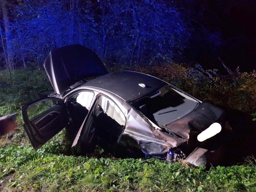 Wypadek w Tenczynku. Dwie osoby trafiły do szpitala
