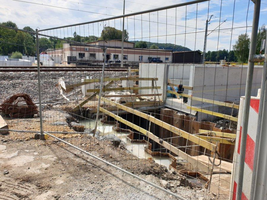 Budowa przejść podziemnych ciągnie się coraz bardziej