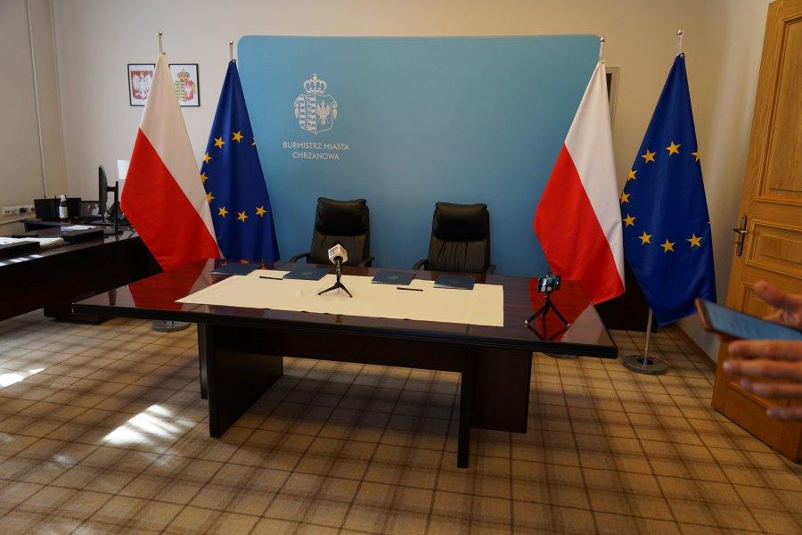 """Gabinet burmistrza Chrzanowa i jego """"ścianka"""""""
