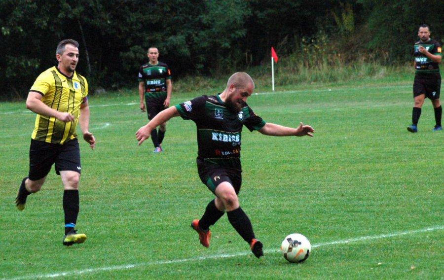 Druga wygrana piłkarzy Sierszy (WIDEO)