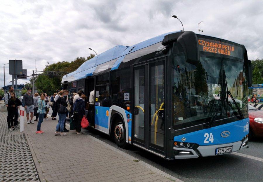 Autobusy zabiorą mniej pasażerów