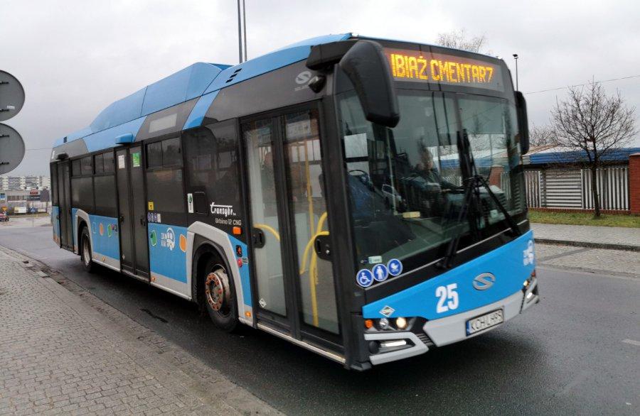 ZKKM Chrzanów przywraca niektóre podwójne kursy autobusów