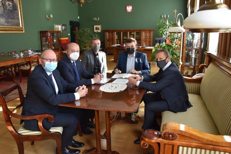 80 łóżek covidowych w szpitalu w Chrzanowie