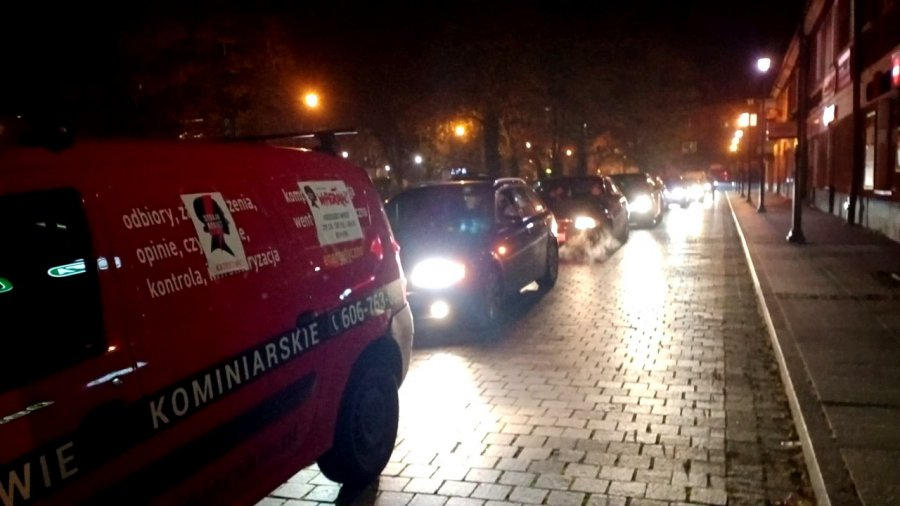 Kilkadziesiąt samochodów przejechało w spontanicznym proteście