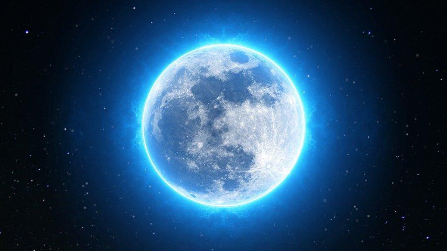 W najbliższy weekend czeka nas pełnia Niebieskiego Księżyca