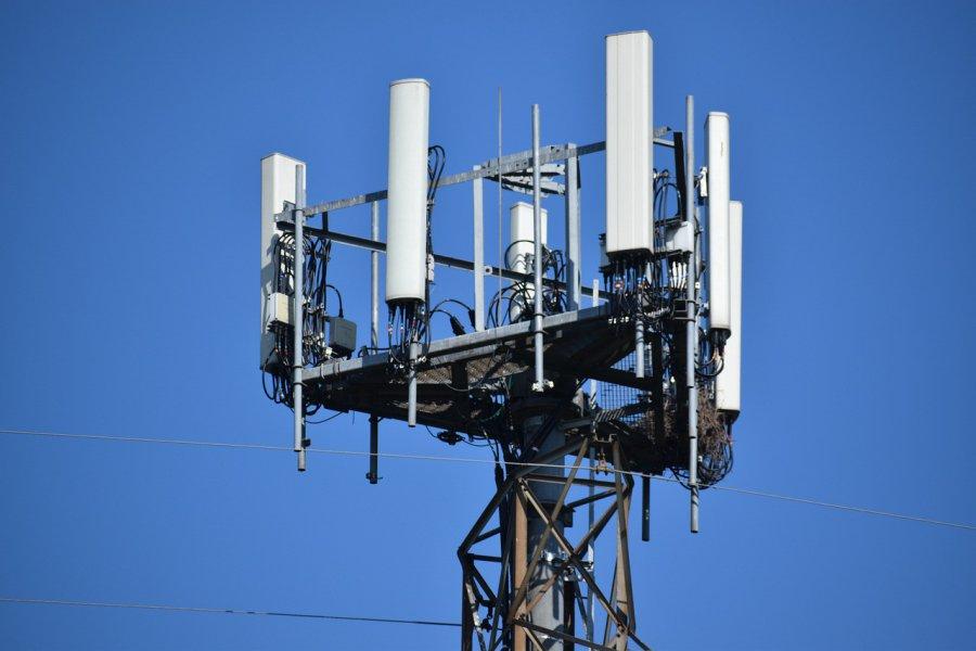 Technologia 5G - cywilizacyjna szansa budząca wielki strach