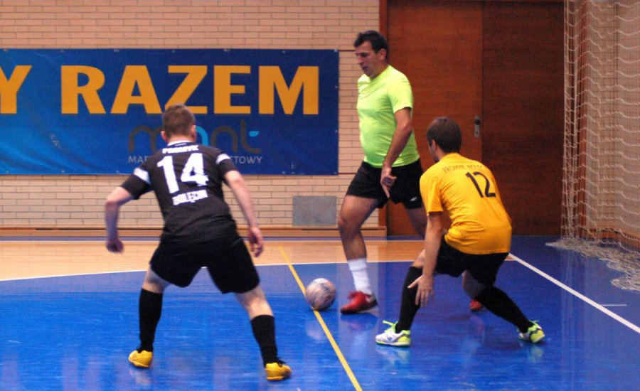 Piłkarze zdobyli aż 30 bramek na inaugurację Magic Sport Ligi Futsalu (WIDEO)