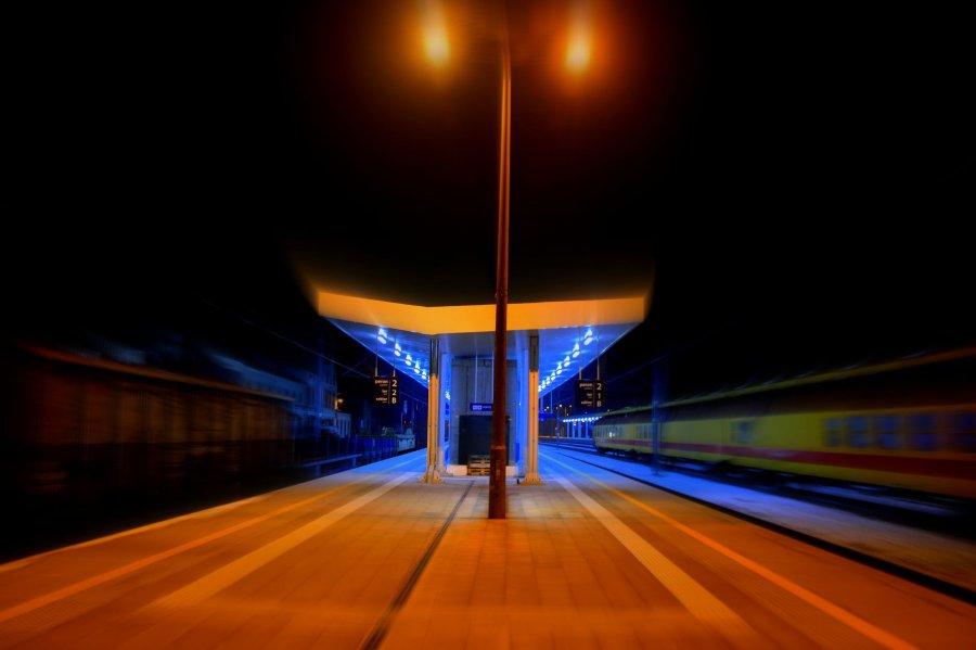 Kolejny peron na stacji Trzebinia wraca do życia. Kiedy finał prac modernizacyjnych?