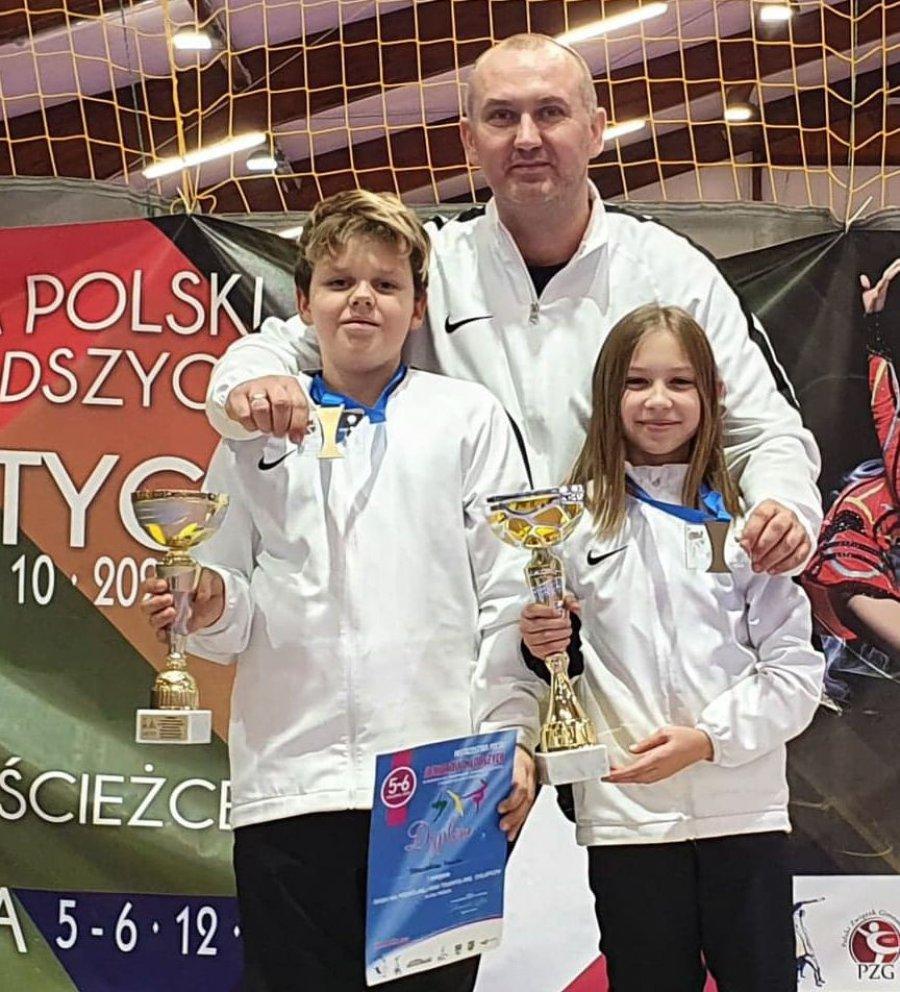 Akrobaci z Chrzanowa przywieźli dwa medale mistrzostw Polski