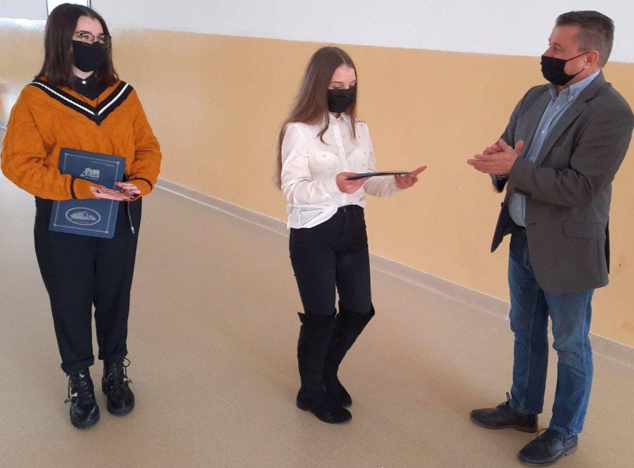 Uzdolnione artystycznie licealistki z Chrzanowa dostały nagrody