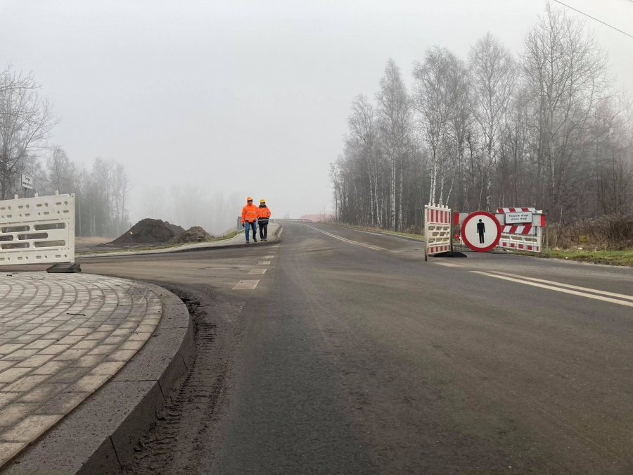 Wiadukt na Słowackiego otwarty, ale to wciąż plac budowy (WIDEO)