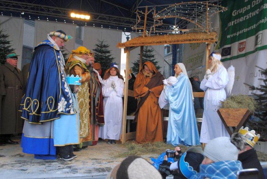 Powspominajmy, jak chrzanowianie witali Trzech Króli (WIDEO)