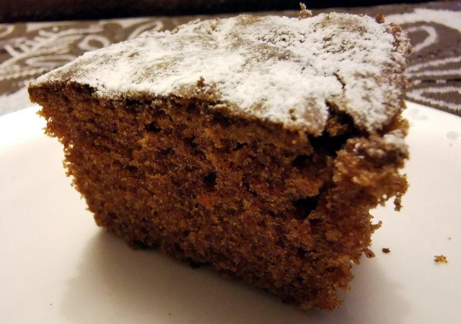 Prosty przepis na dietetyczne ciasto marchewkowe