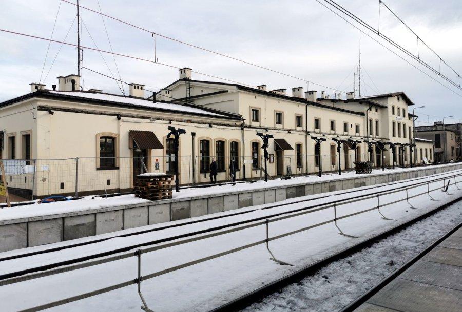 Zobacz postęp prac na stacji PKP w Trzebini (WIDEO, ZDJĘCIA)