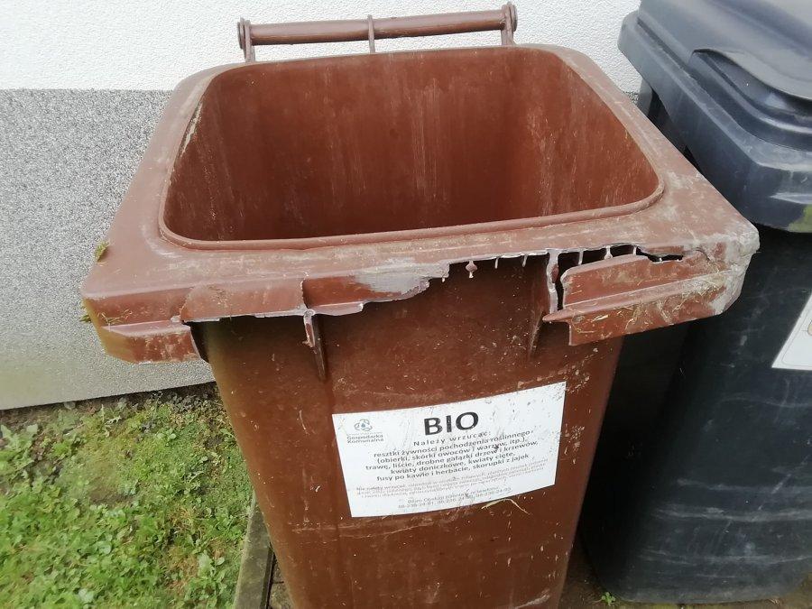 Kubły idą do sądu. Już szykują wezwania przedsądowe do spółki odbierającej odpady