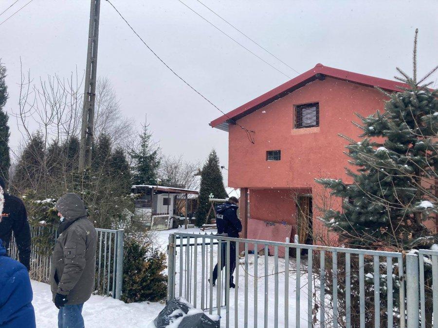 Znaleźli zwłoki starszego mężczyzny w domku działkowym na Piaskach (ZDJĘCIA)