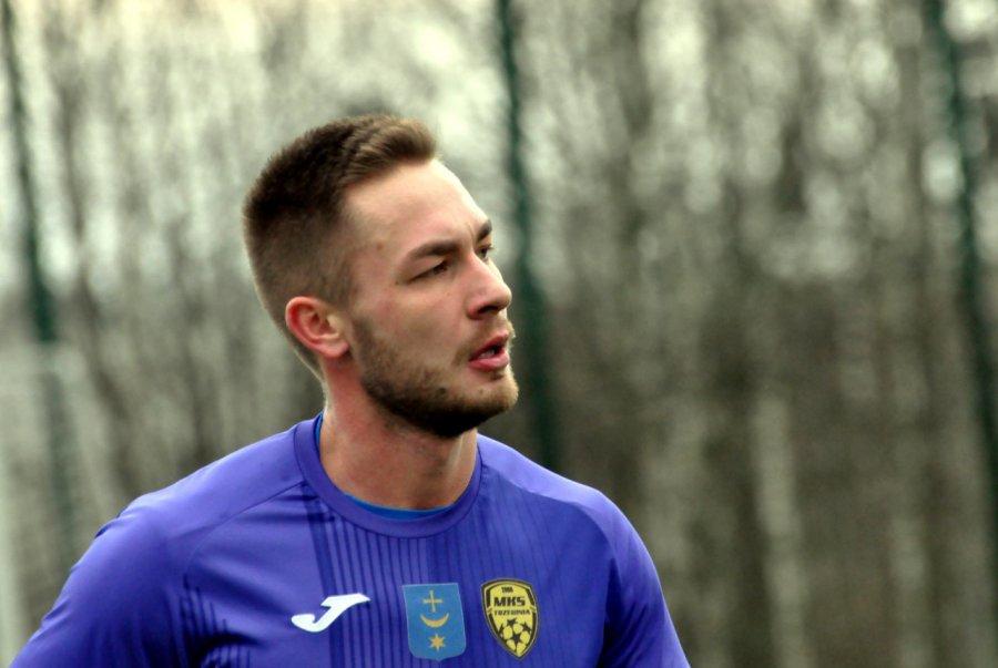 Piłkarze z Trzebini zagrali na szóstkę. Debiutant strzelił gola