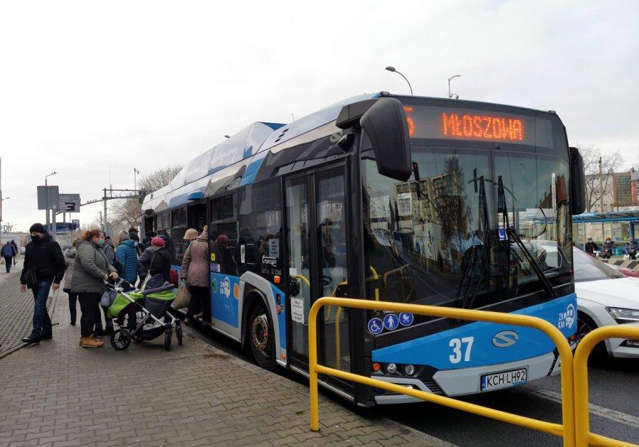 Będzie dodatkowy kurs autobusu do Psar