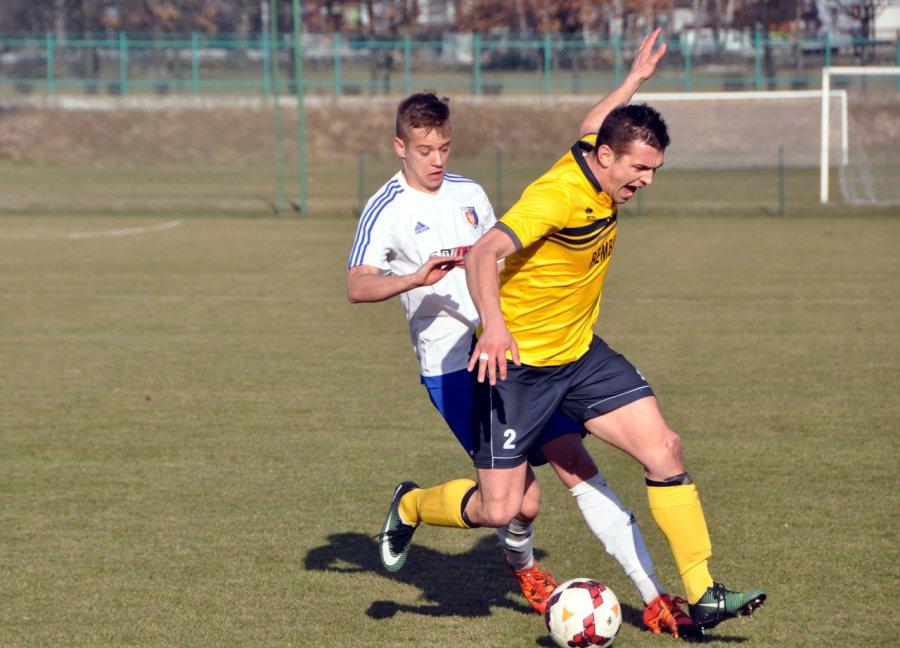 Świt Krzeszowice pozyskał nowych piłkarzy. Grali w III i IV lidze