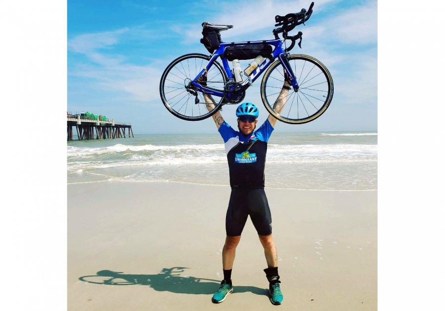 Kamil przejechał rowerem z zachodniego na wschodnie wybrzeże USA