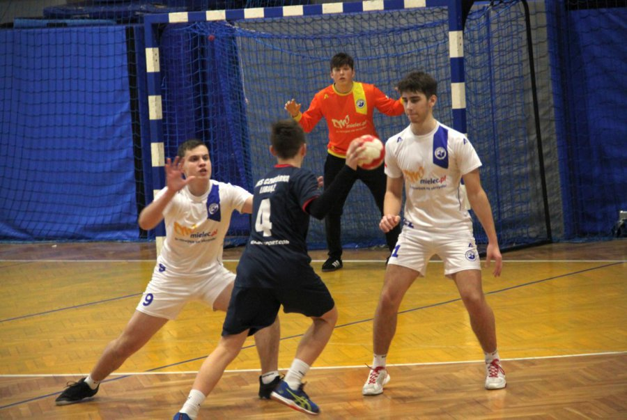Powstała petycja o zniesienie pandemicznych ograniczeń dla sportu dzieci i młodzieży