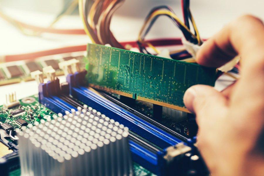 Jaką wybrać pamięć RAM do komputera? Podpowiadamy