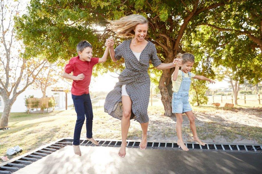 Jaka trampolina do ogrodu? - wybór optymalnego modelu