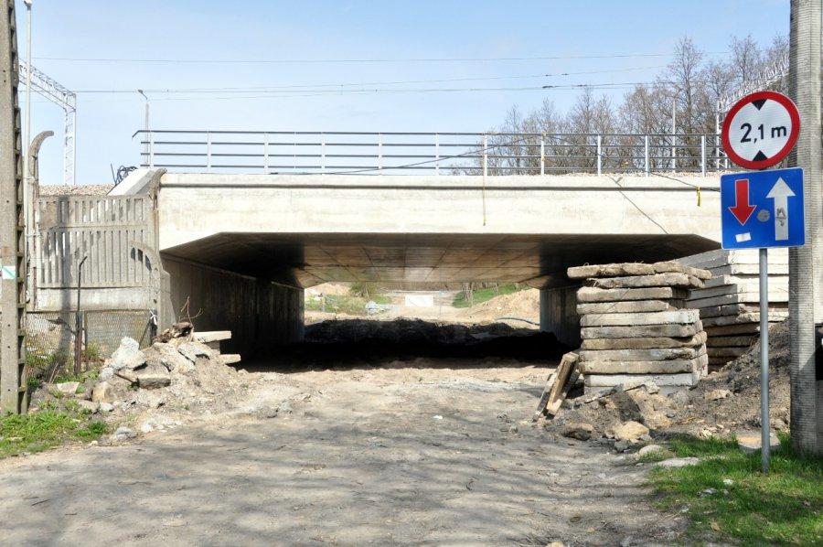 Przejazd pod wiaduktem nad ul. Zbożową nadal jest zamknięty (WIDEO, ZDJĘCIA)
