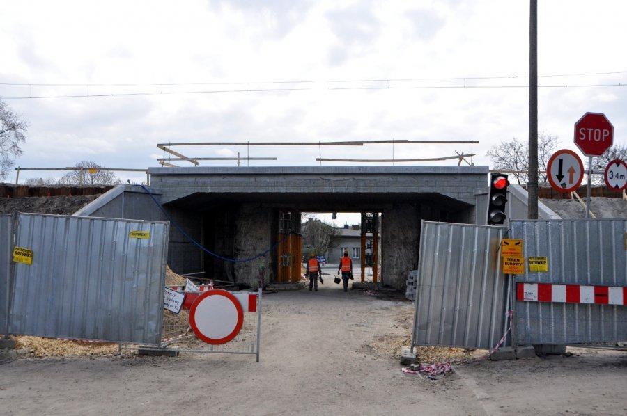Zobaczcie postęp prac przy przebudowie wiaduktu nad ul. Kadłubek w Chrzanowie (WIDEO, ZDJĘCIA)