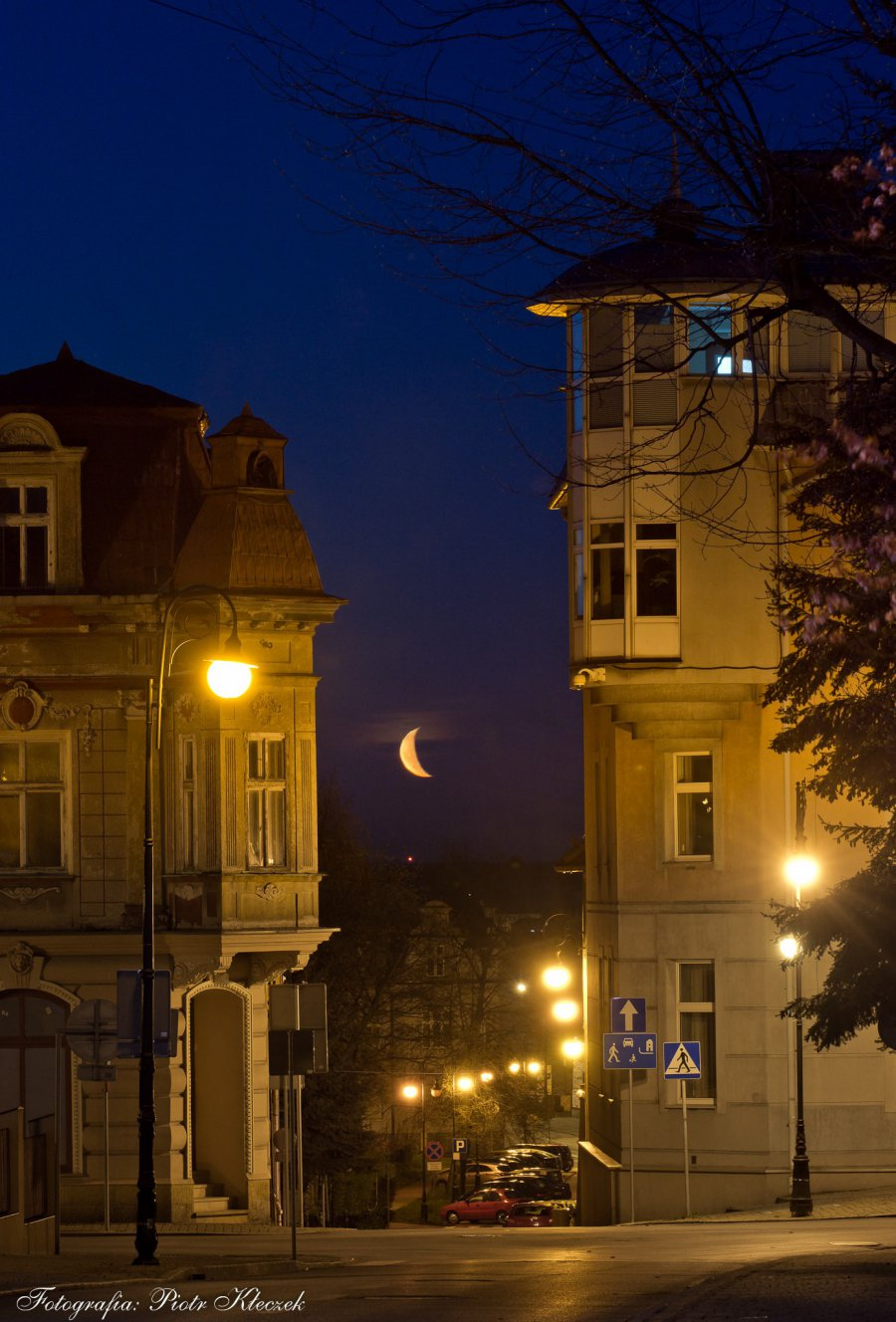Księżyc Juliusza Słowackiego i Piotra Kłeczka