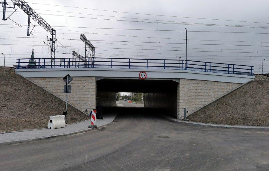 Przejazd pod nowym wiaduktem w Trzebini ma być wkrótce otwarty (WIDEO, ZDJĘCIA)