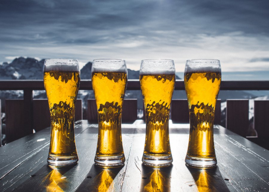 Nadchodzi długi weekend. Markety kuszą piwoszy promocjami