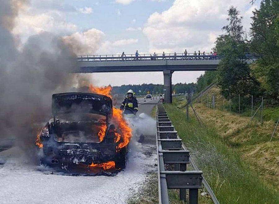 Na autostradzie A4 zapalił się samochód