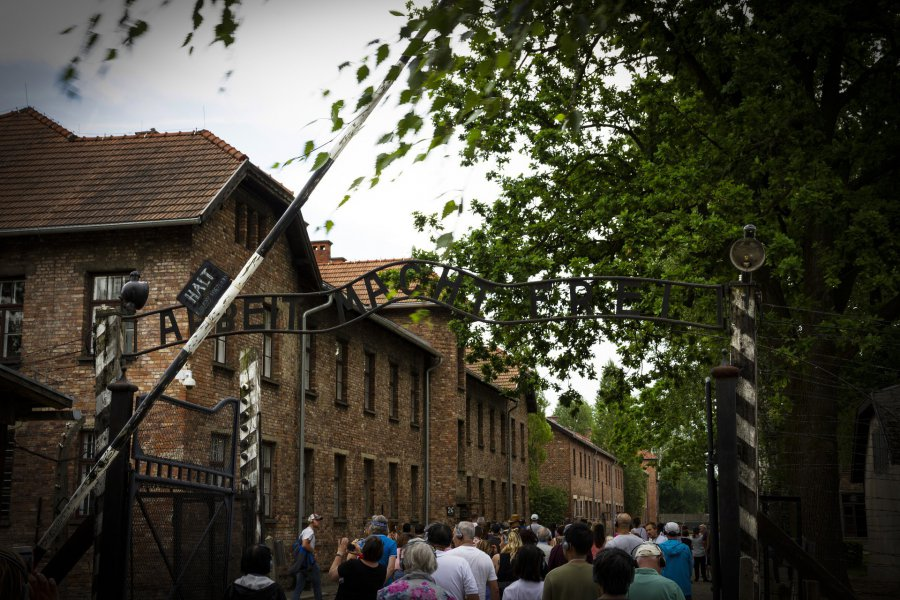 Rocznica pierwszego transportu do KL Auschwitz. Wśród 728 Polaków było trzech z powiatu chrzanowskiego