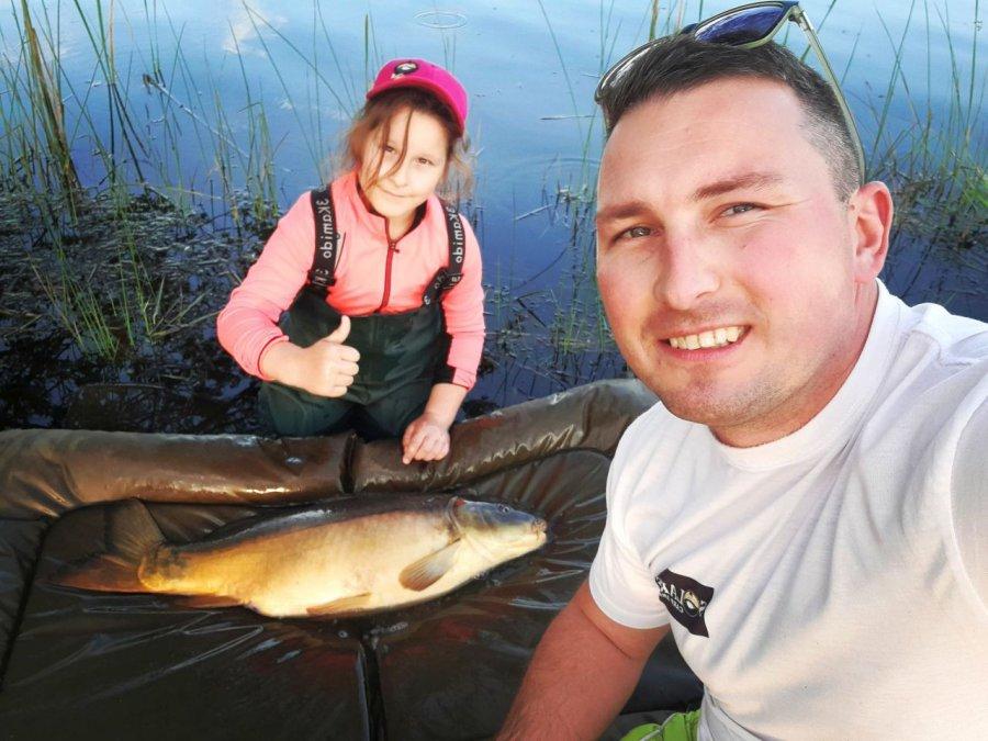 Ośmiolatka z Libiąża łowi wielkie ryby (WIDEO)