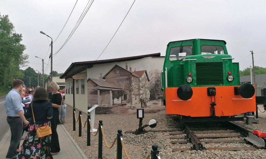 Lokomotywa z Fabloku stanęła w Trzebini (ZDJĘCIA, WIDEO)