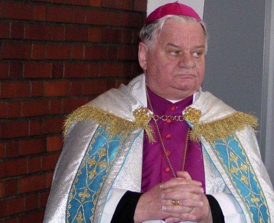 Oświęcimscy radni odebrali honorowe obywatelstwo biskupowi Rakoczemu