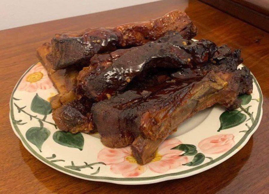 Słodko-pikantne danie: żeberka wieprzowe po koreańsku