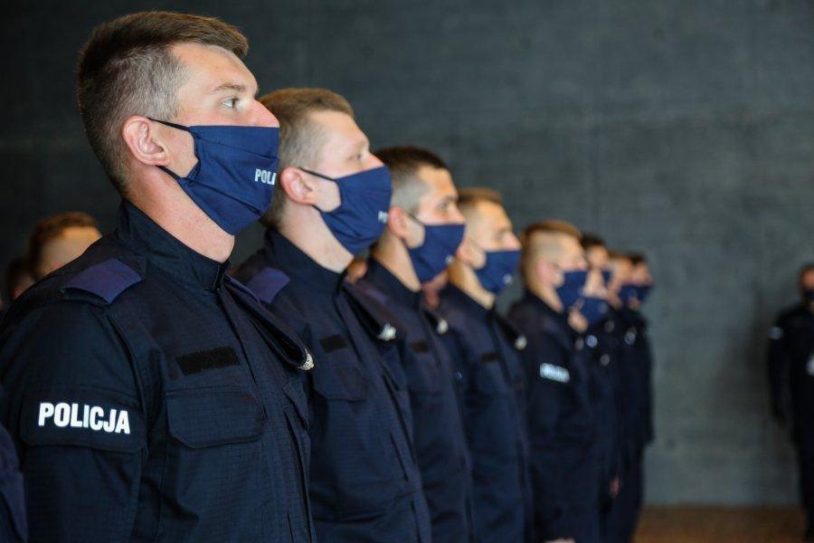 Dwóch nowych policjantów pracuje w komendzie w Chrzanowie