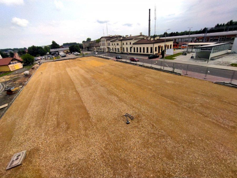 Powstaje nowy parking na prawie 100 aut przy dworcu PKP w Trzebini
