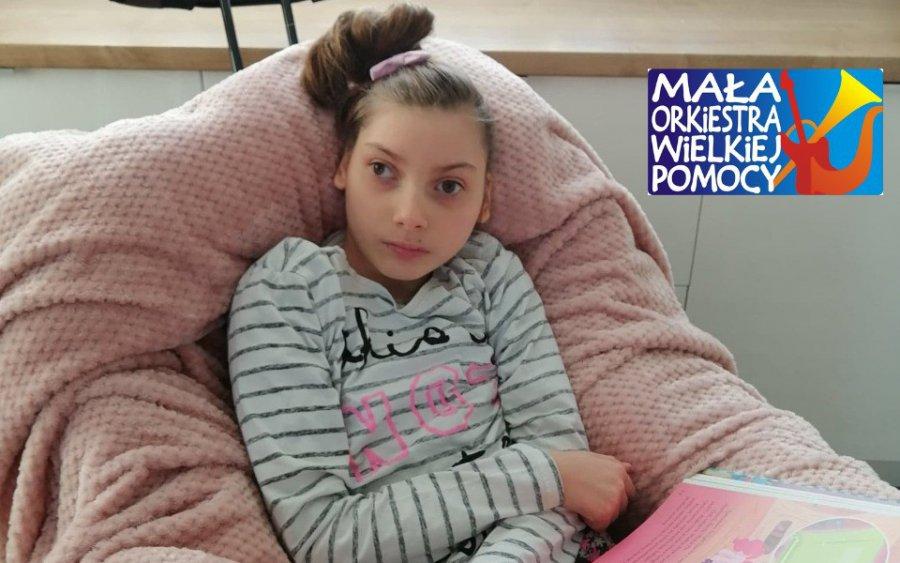 Policjanci przyłączyli się do pikniku charytatywnego na rzecz chorej Milenki. I TY możesz pomóc