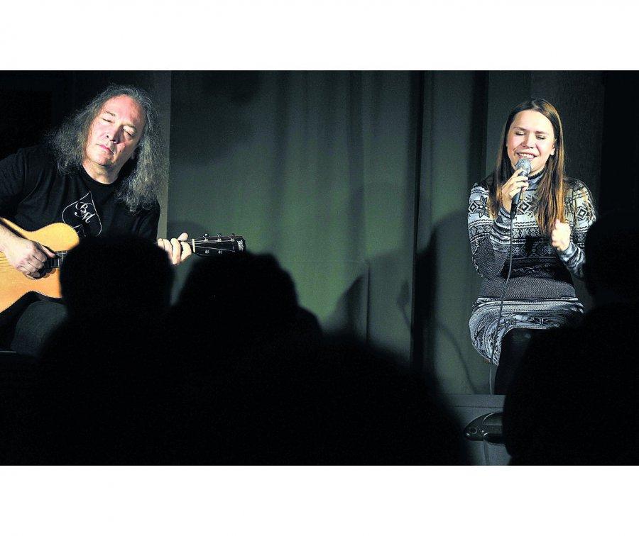 Gitarzyści zespołów Dżem i Turbo zagrają w Trzebini. Przed koncertem można się zaszczepić