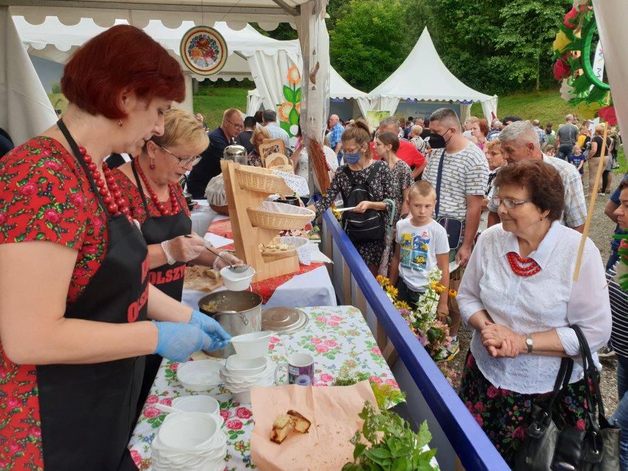 Mnóstwo osób na Małopolskim Festiwalu Smaku w Wygiełzowie (WIDEO, ZDJĘCIA)