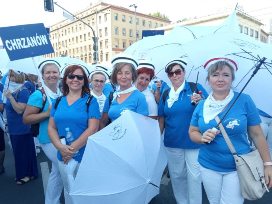 Pielęgniarki z Chrzanowa protestują w Warszawie