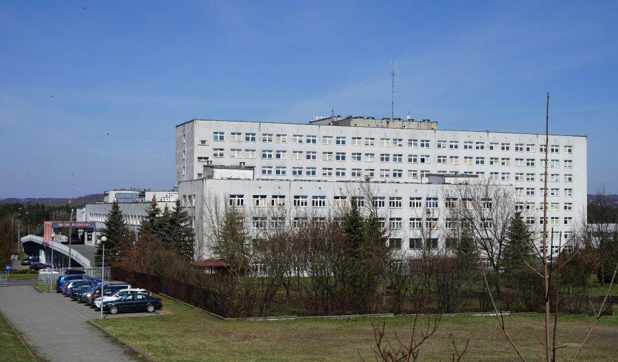 W szpitalu w Chrzanowie więcej łóżek covidowych zajętych niż wolnych