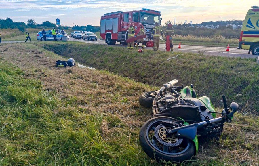 Wypadek w Jaworznie. 43-letni motocyklista z Chrzanowa trafił do szpitala